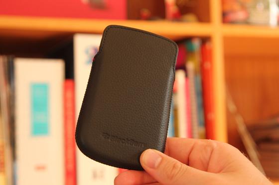 BlackBerry Bold 9930 / 9900 Leather Pocket Pouch