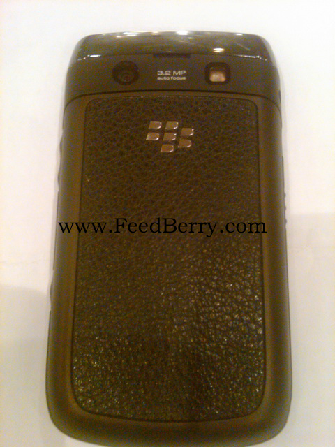 BlackBerry Bold 9020 with Leather Battery Door Cover