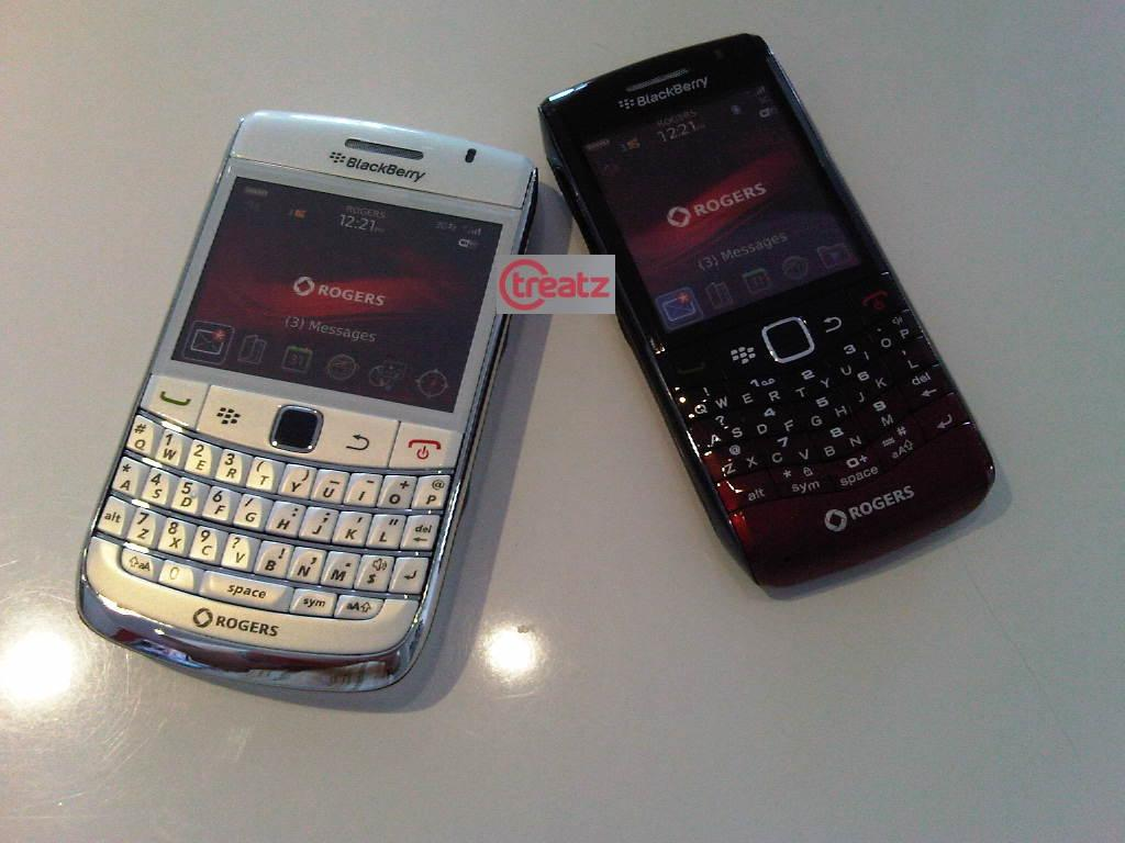 Rogers BlackBerry Bold 9700 and Pearl 9100