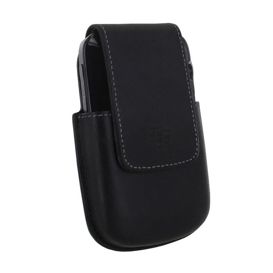 BlackBerry Bold 9930 / 9900 w/ Hard Shell Case in BlackBerry Bold 9000 Leather Holster