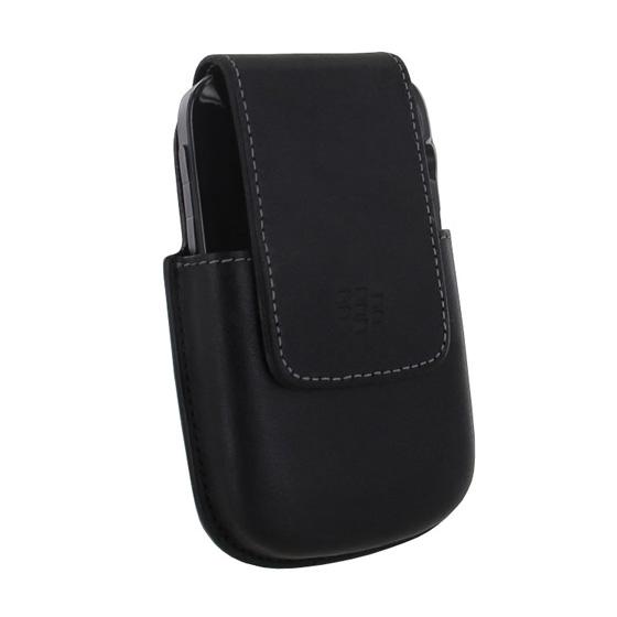 BlackBerry Bold 9930 / 9900 w/ Hard Shell Case in BlackBerry Bold 9000 Leather Holster