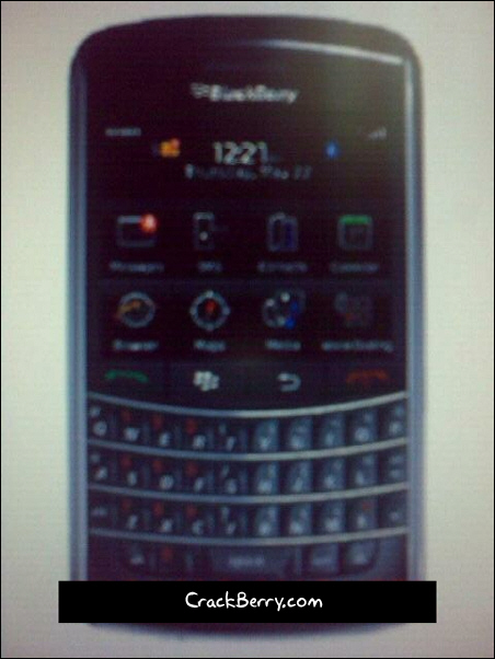 BlackBerry 9900 Pluto