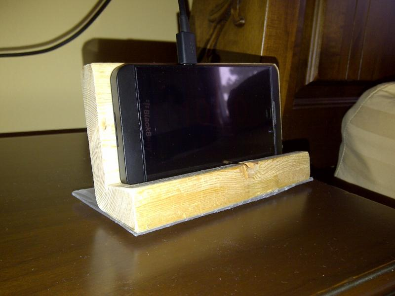 Homemade BlackBerry Z10 Desktop Stand