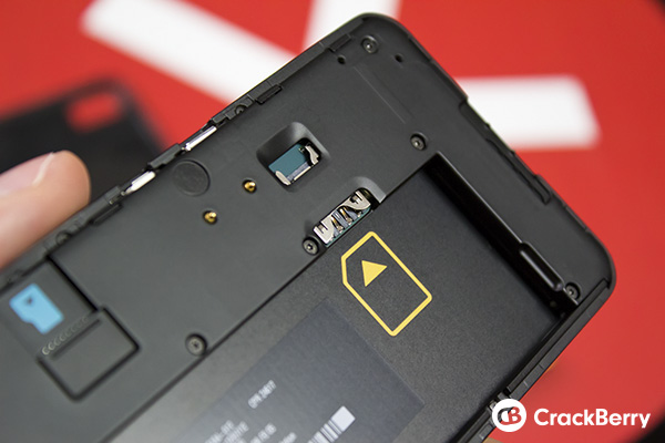 BlackBerry Z10 SIM Card Slot