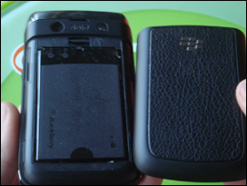 The BlackBerry Bold 9700's battery door slides on tight and holds snug.