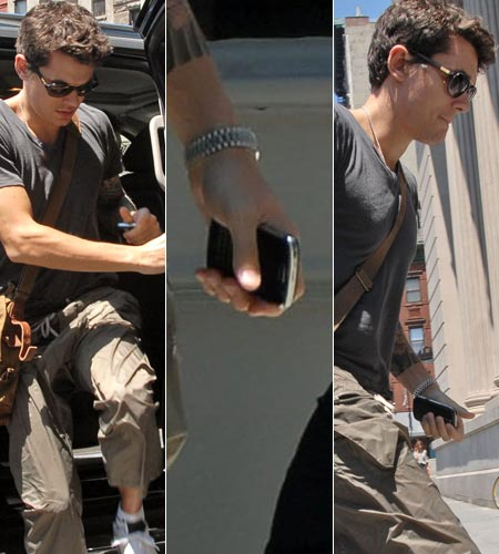 John Mayer with a BlackBerry Bold