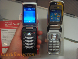 Side by Side: BlackBerry KickStart vs. Nokia 6086