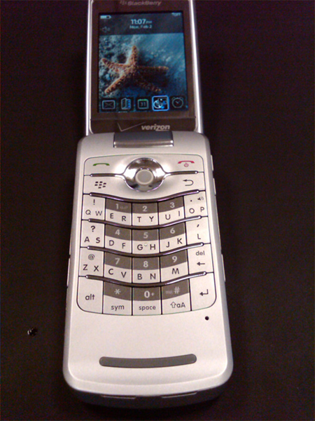 Verizon BlackBerry Pearl Flip 8230