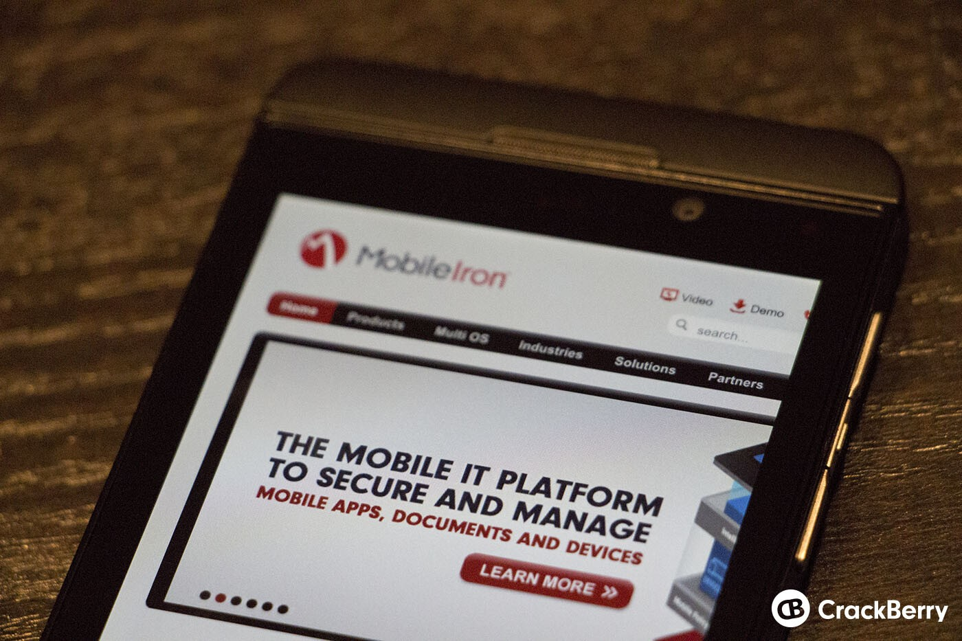 MobileIron announces support for BlackBerry 10 smartphones