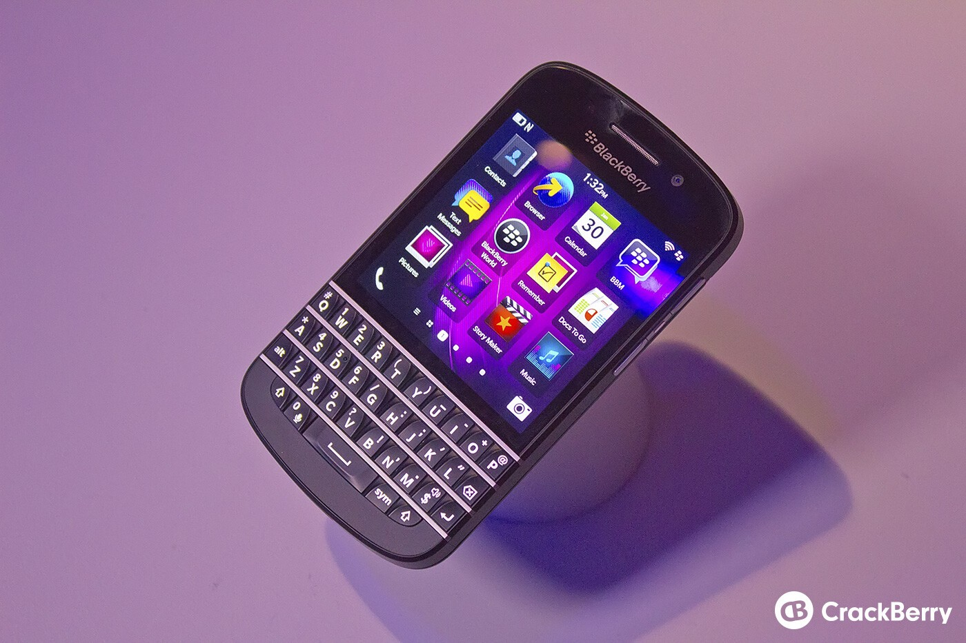 how to delete an app in blackberry q10