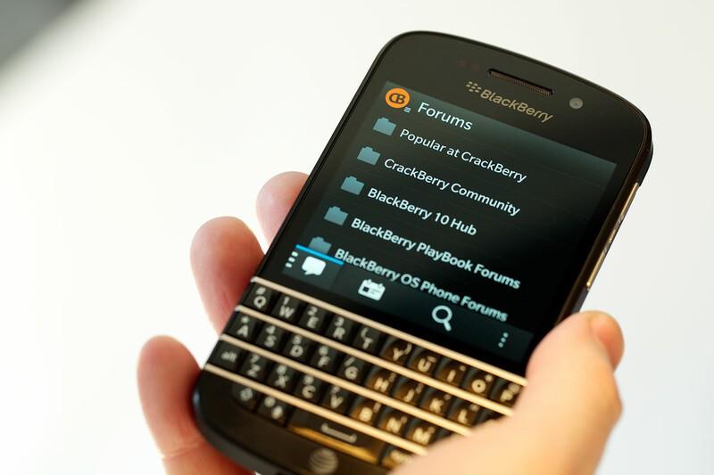 Crackberry 10 app now available for the blackberry q10 for Application miroir blackberry