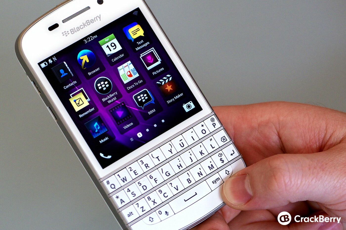 White BlackBerry Q10 Front
