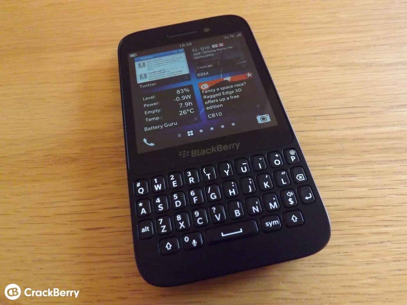 Case Design phones covers cases : BlackBerry Q5 Unboxing - UK retail version : CrackBerry.com