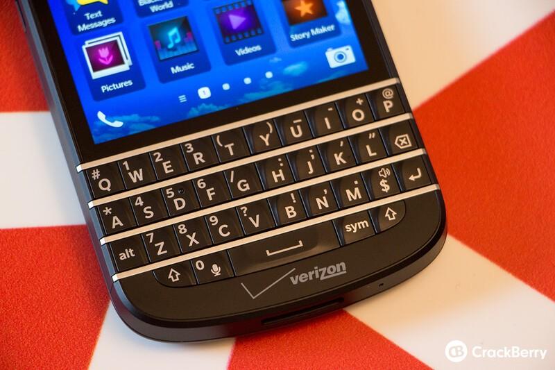Verizon BlackBerry Q10 Front Branding