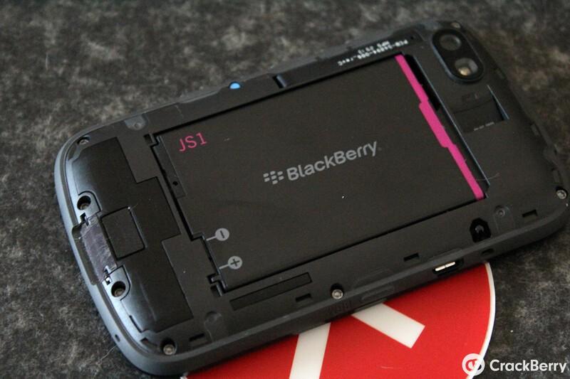 BlackBerry 9720 Battery