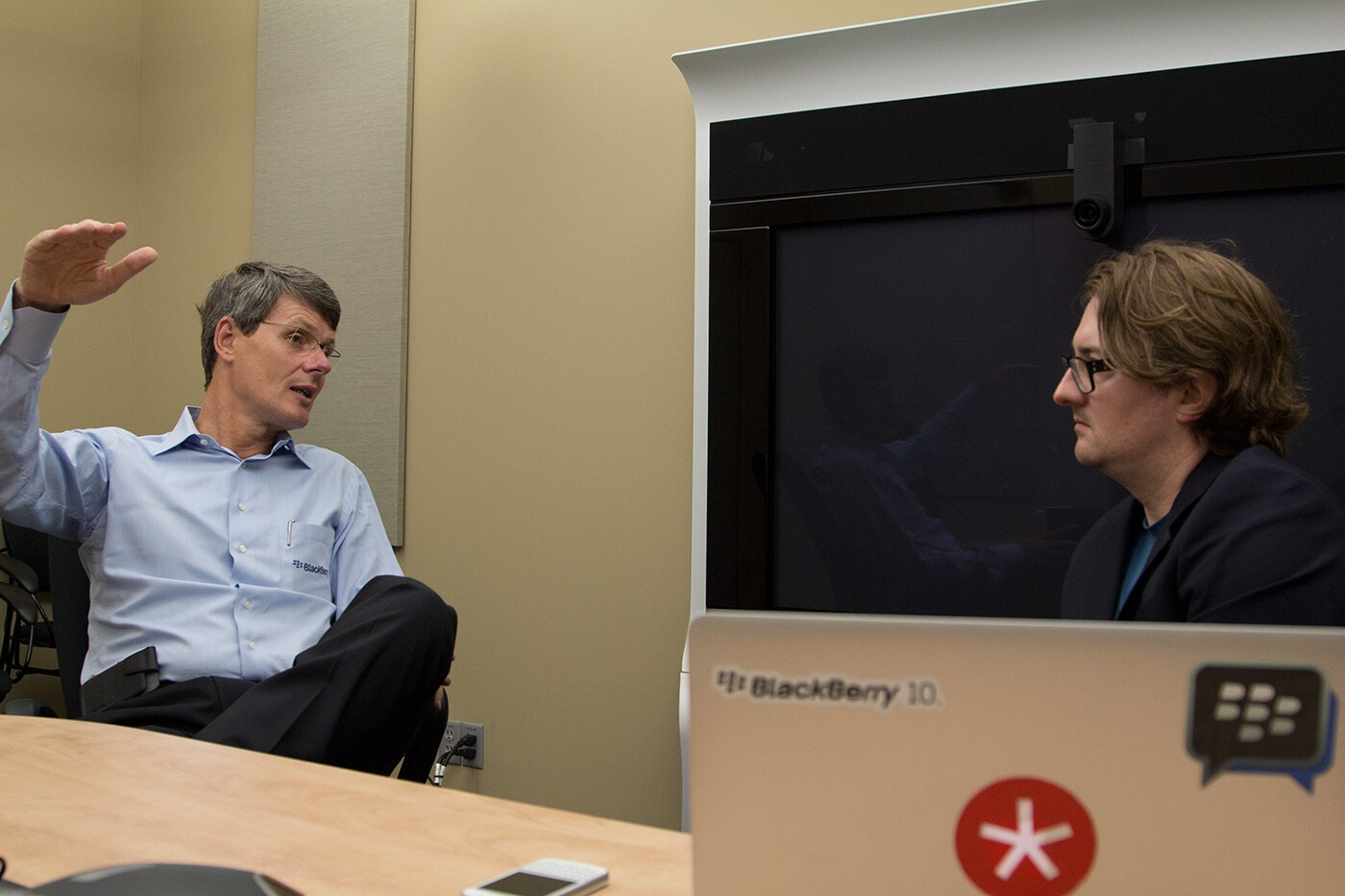 Brainstorming BBRY: What would BlackBerry without a hardware business look like?