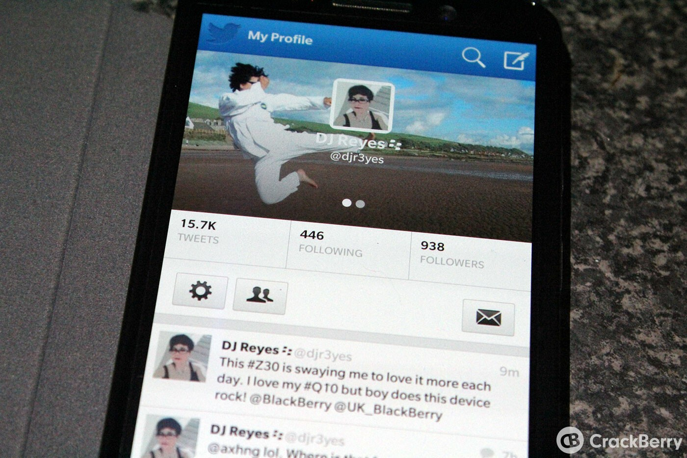 Twitter for BlackBerry 10 updated to v10.2.1.2