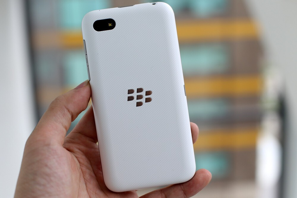 BlackBerry 'C-Series' appears once again in some glorious ...