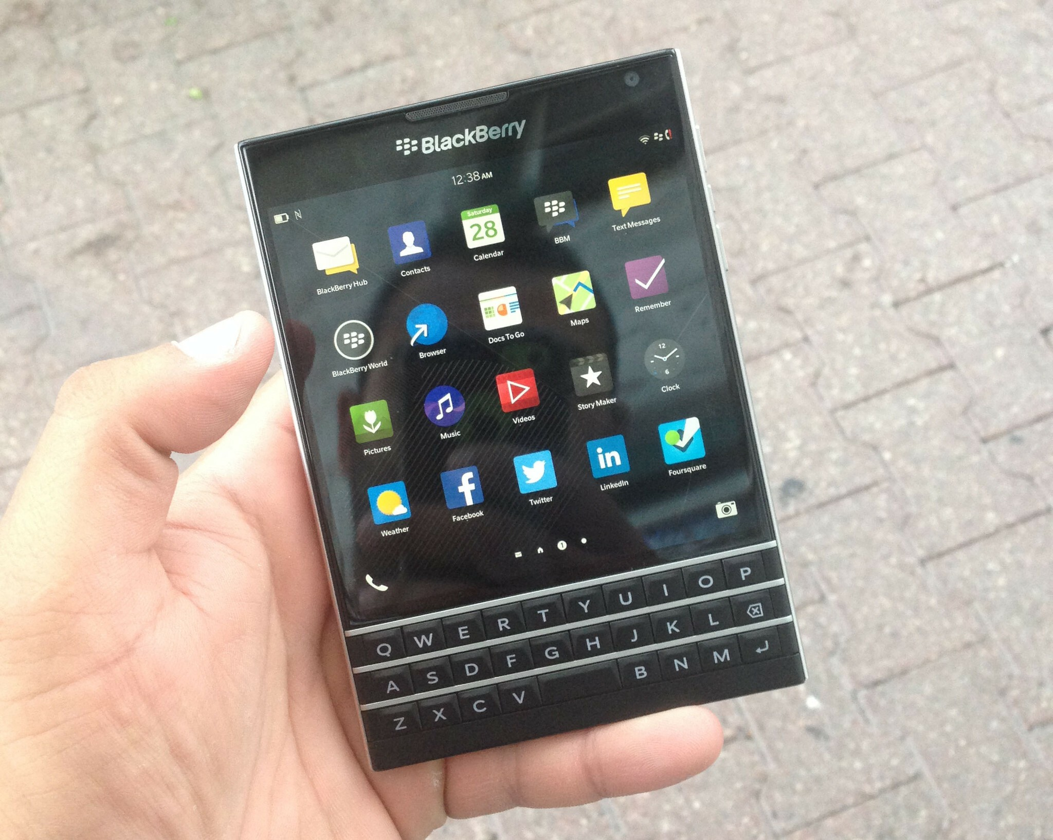 Pre-release review of the BlackBerry Passport!