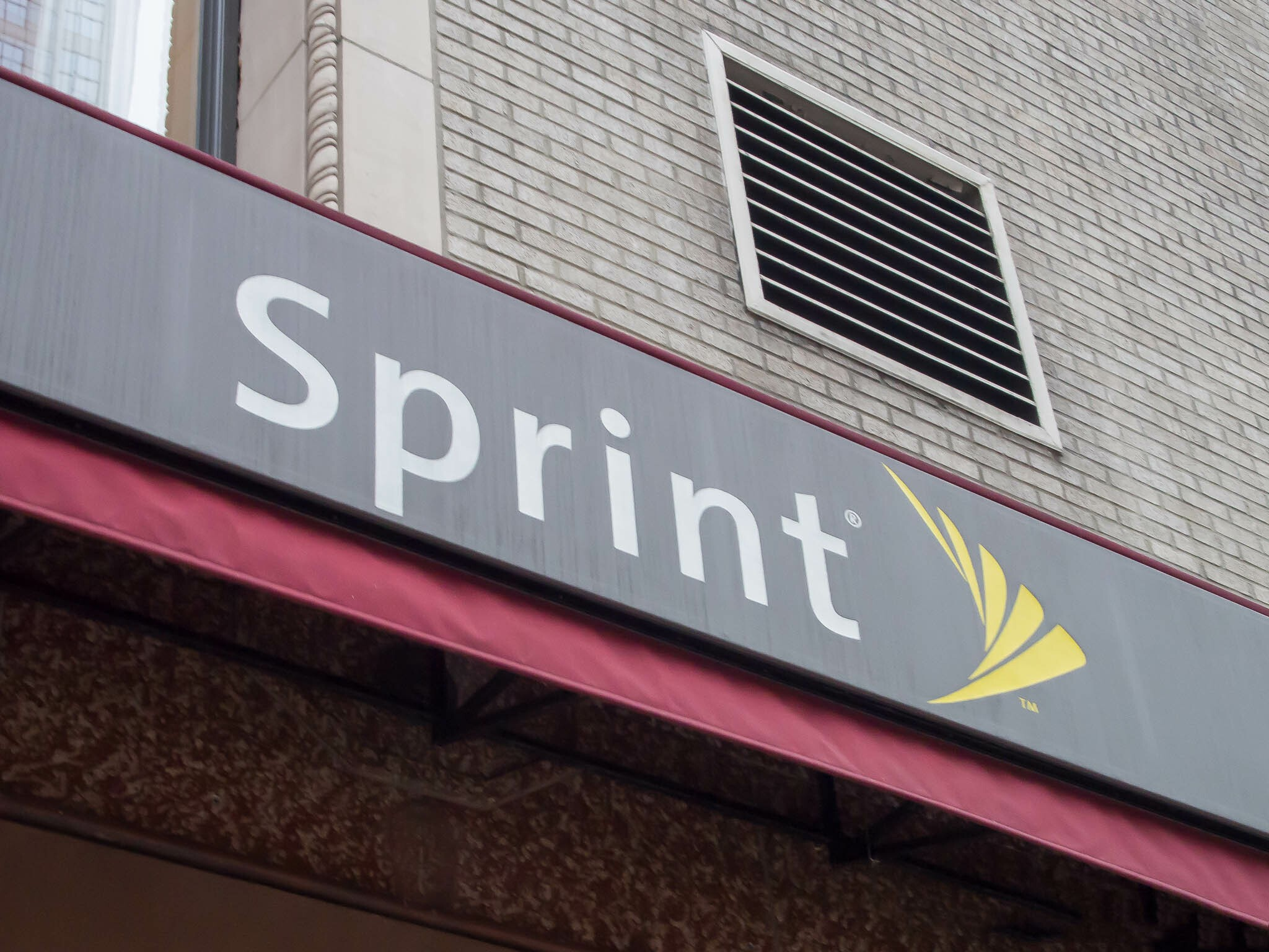 Sprint Now Offering 10 Lines With 12gb Of Shared Data For