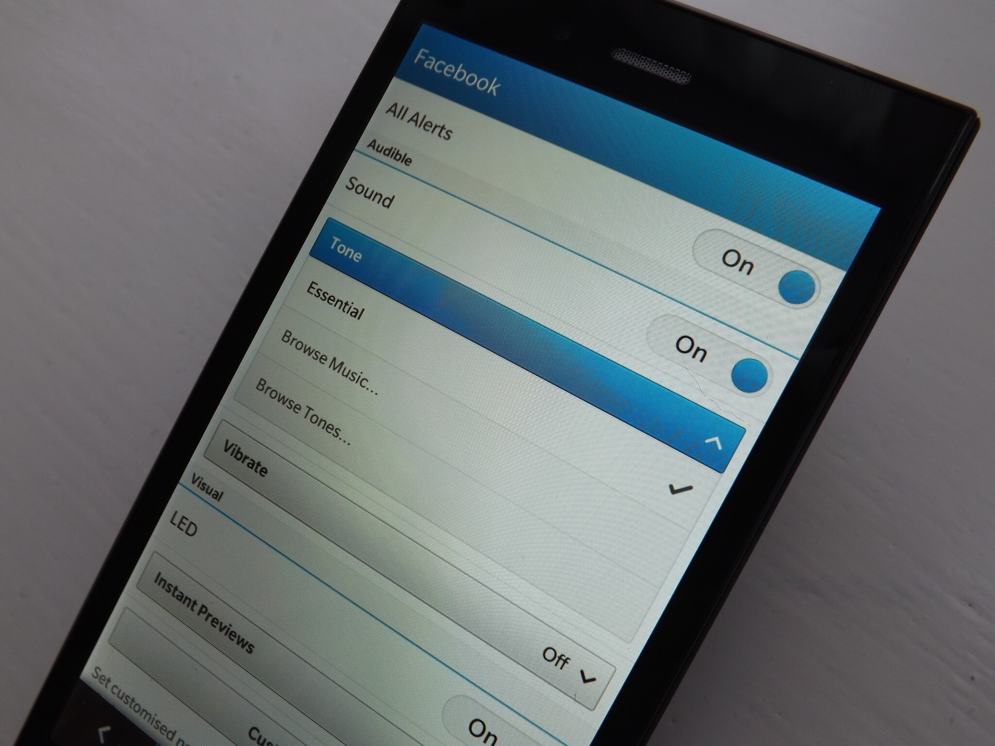 How To Change The Notification Tones On The Blackberry Z3