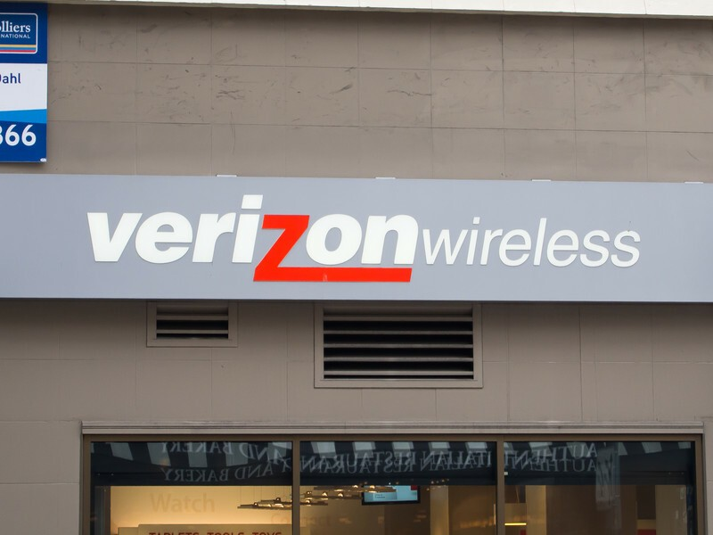 Verizon's new contract terms make it more expensive to defect early