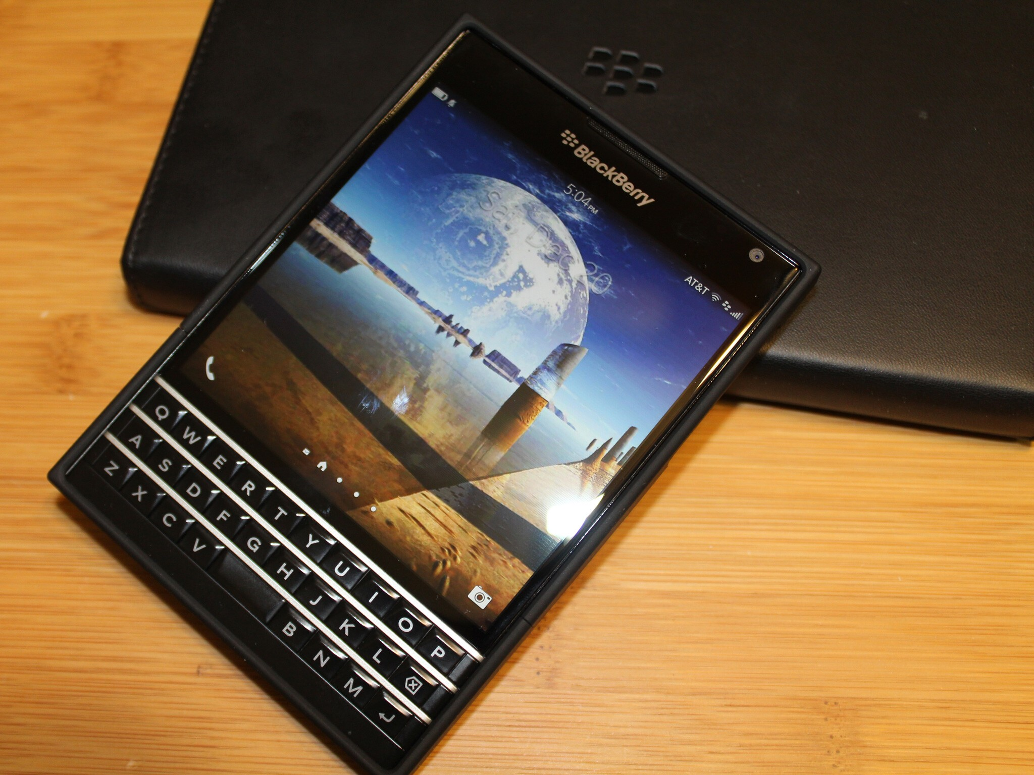 Looking for protection without the bulk? Check out the Seidio SURFACE case for the BlackBerry Passport