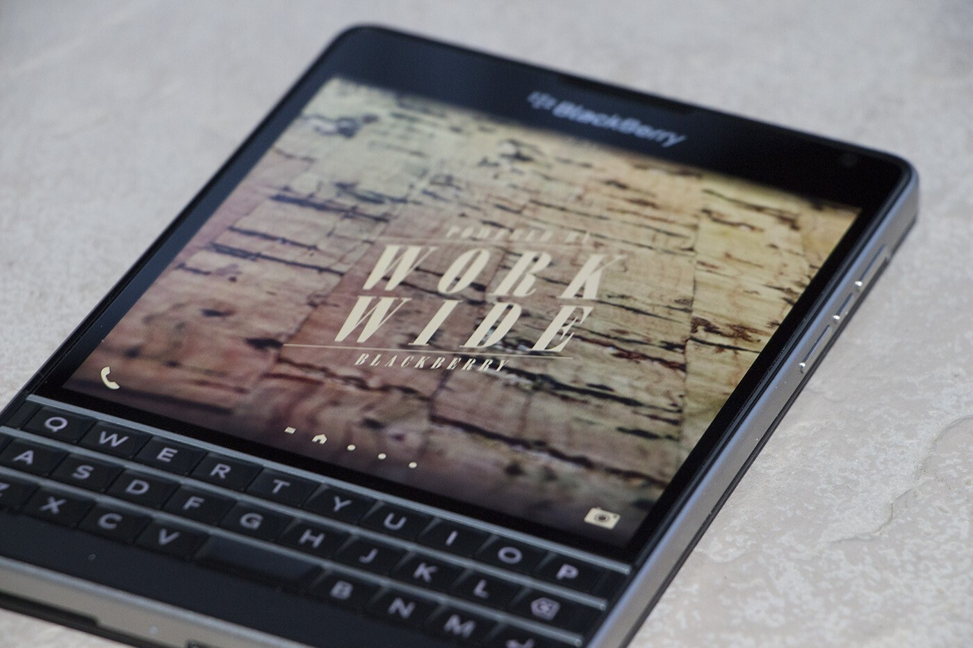 AT&T shaves $100 off their BlackBerry Passport pricing