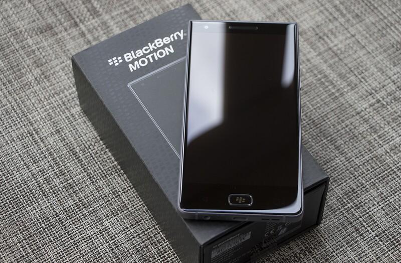 Картинки по запросу blackberry motion