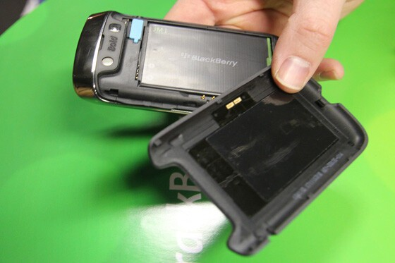 The battery door is easy to remove. Note the NFC antenna on the door