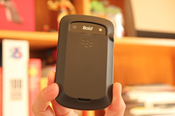 Cut outs for the camera and speaker port don't compromise the Bold 9930 / 9900's functionality