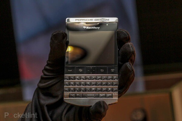 Limited edition titanium BlackBerry Porsche Design P'9981 hands on