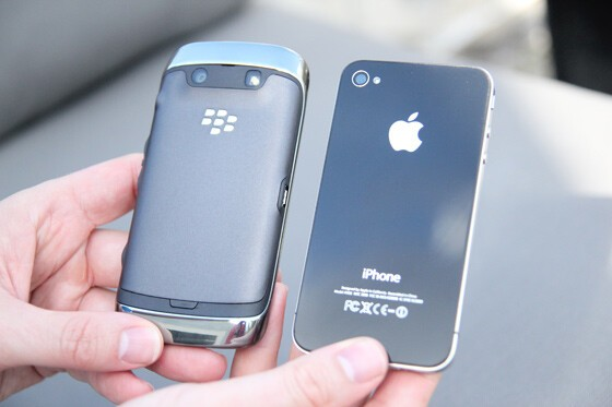 BlackBerry Torch 9860 and iPhone 4