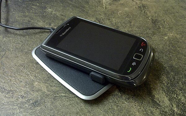 Review: Powermat Wireless Charging System for the BlackBerry Torch 9800 and 9810