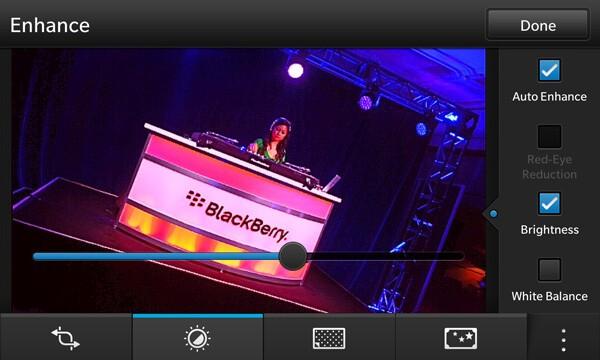 BlackBerry Z10 photo editor