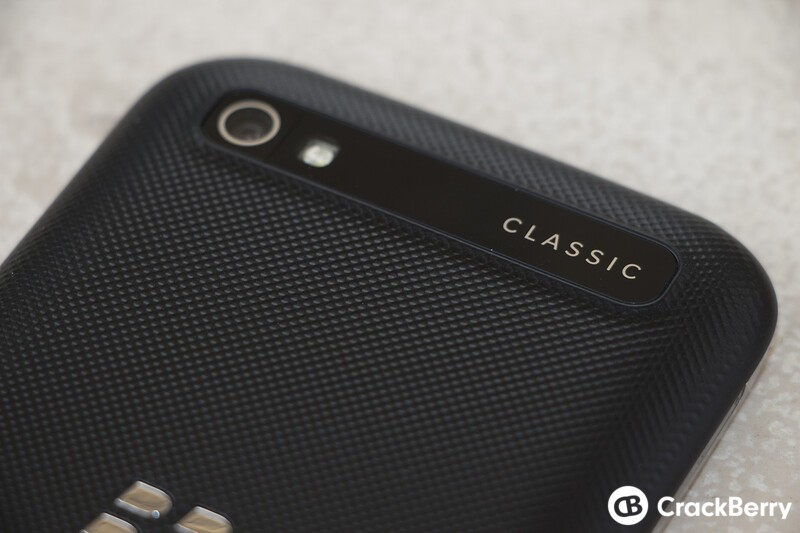 BlackBerry Classic now available in the UK from O2