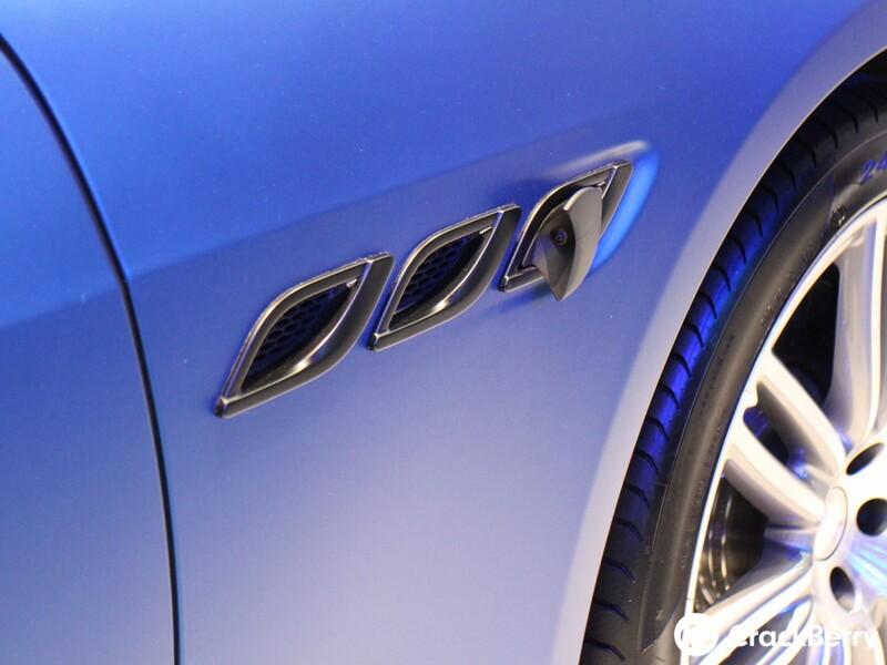 QNX Maserati