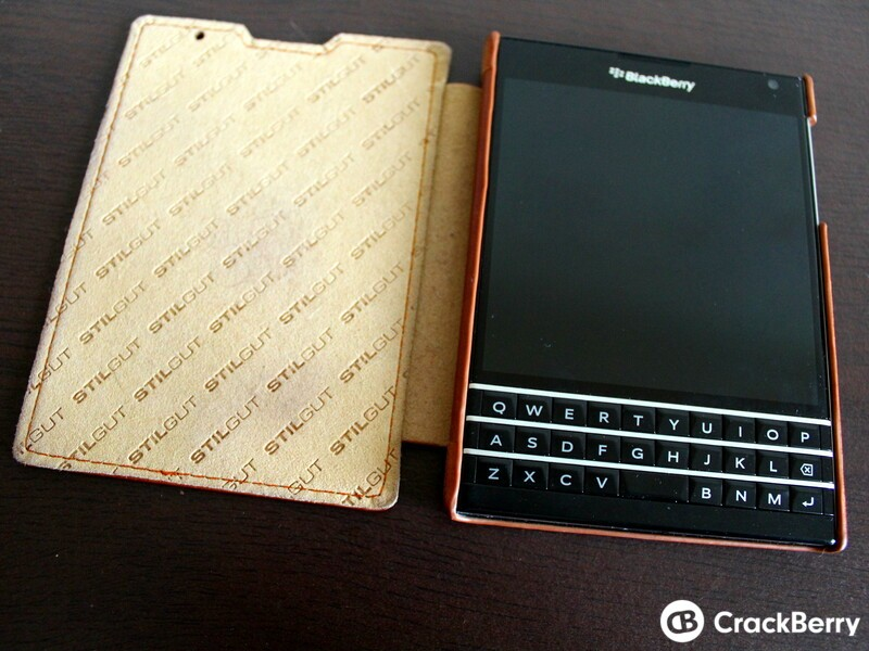 The Stilgut Leather Flip Case is an elegant way to carry your BlackBerry Passport in