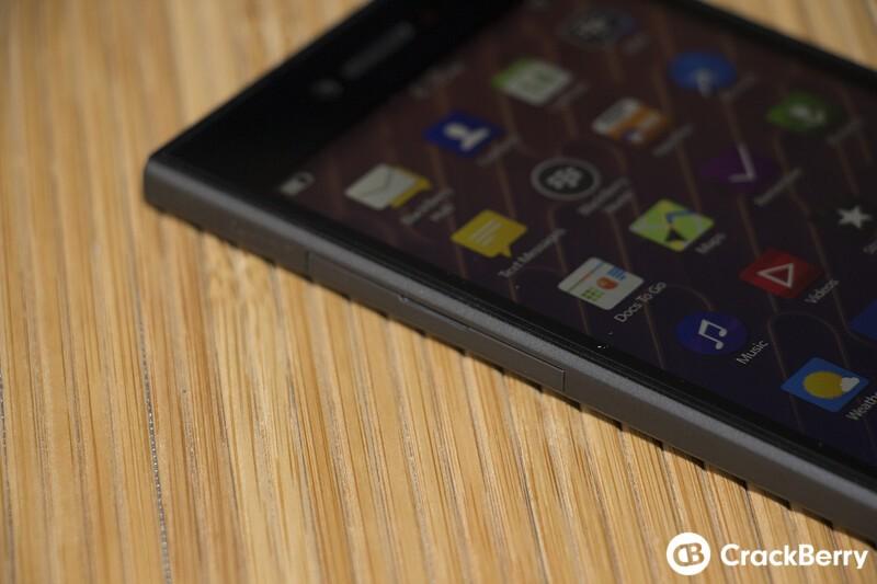 BlackBerry Leap Sim Slot