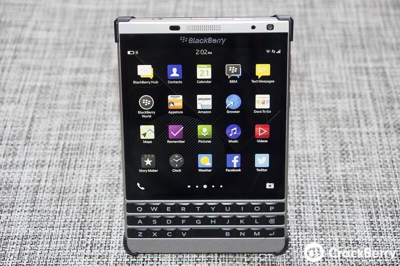 BlackBerry Passport SE Flip Shell