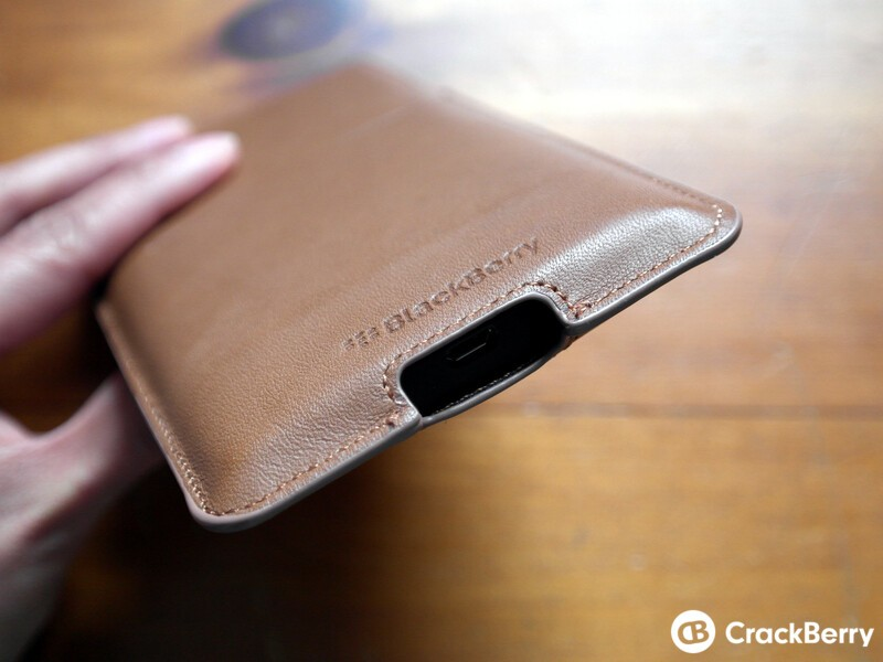 Priv Leather Pouch Bottom