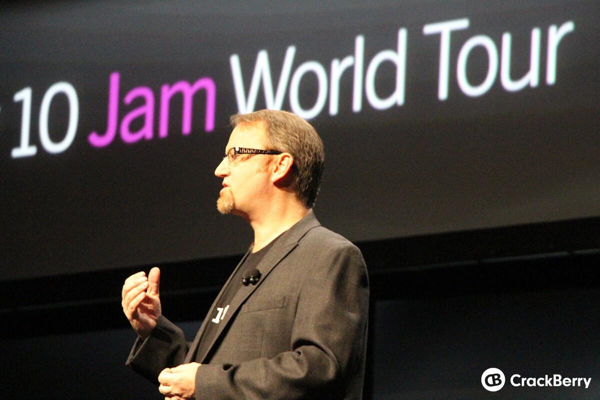 Alex Saunders, former BlackBerry developer relations lead goes to Microsoft