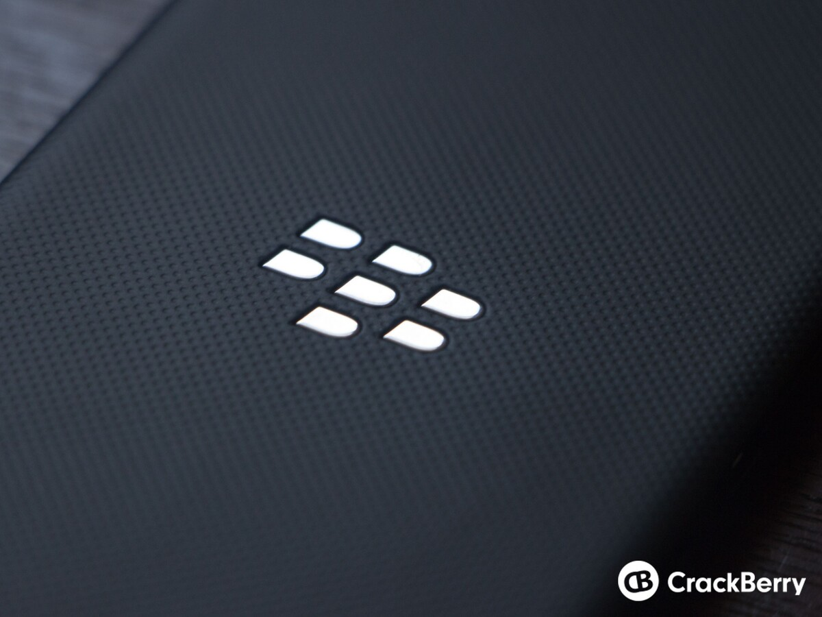 Blackberry logo wallpaper 7 crackberry com - A Look At The Blackberry Z3 Jakarta From All Angles
