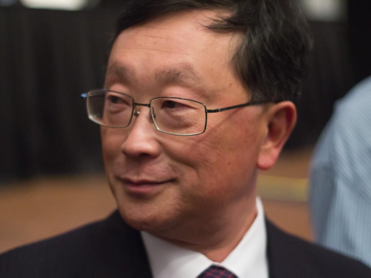 BlackBerry CEO John Chen is now on Twitter