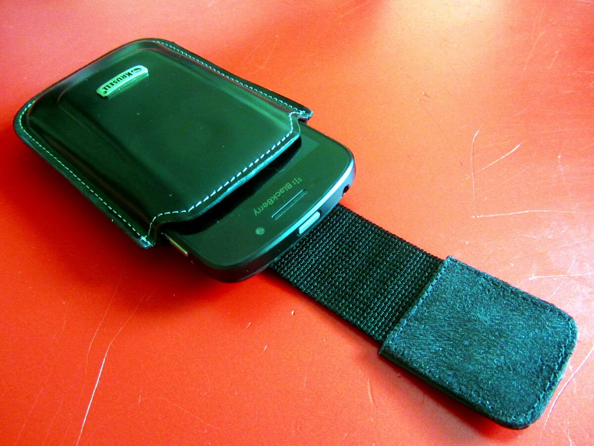Krusell Apollo Leather Case with device