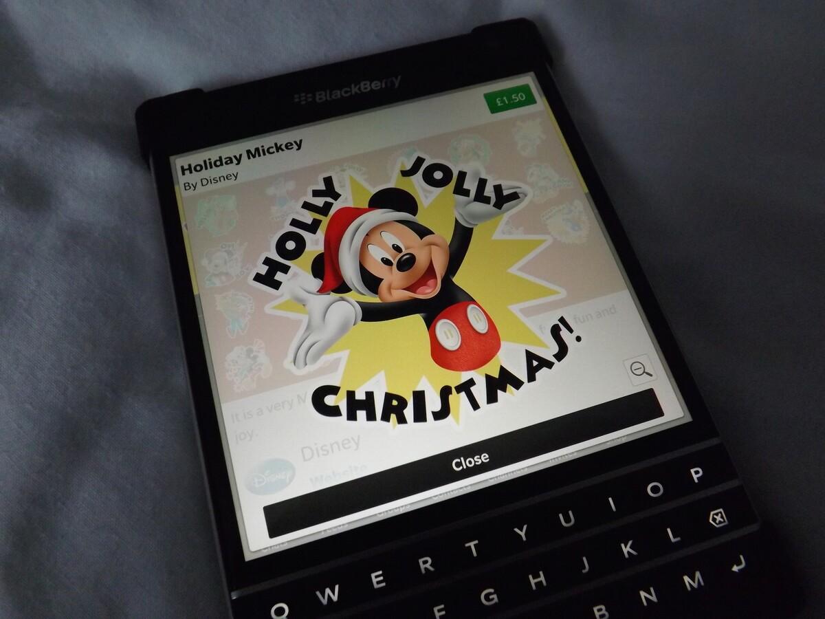 Mickey-Sticker-Hero