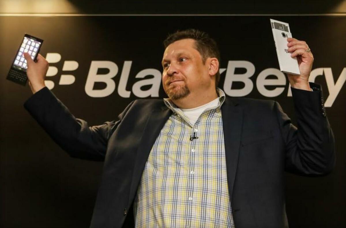 BlackBerry shows off all new BlackBerry 10 slider