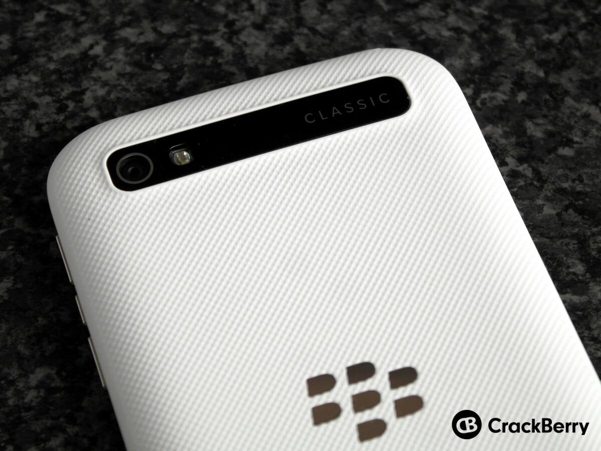 BlackBerry Classic White camera