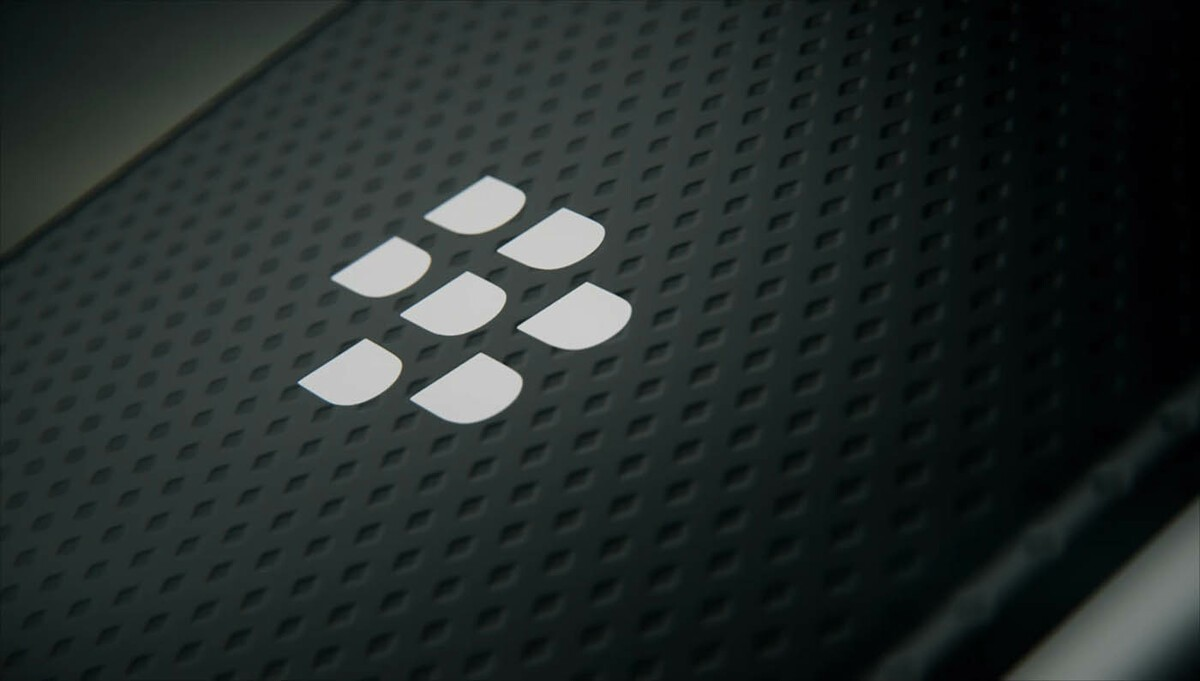 Blackberry logo wallpaper 7 crackberry com - Cleaning Up The Confusion What You Need To Know About Blackberry And Blackberry Mobile