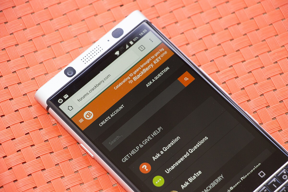 The CrackBerry Forums are now prettier, faster and better than ever!